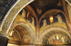 Mausoleo di Galla Placidia, l'interno