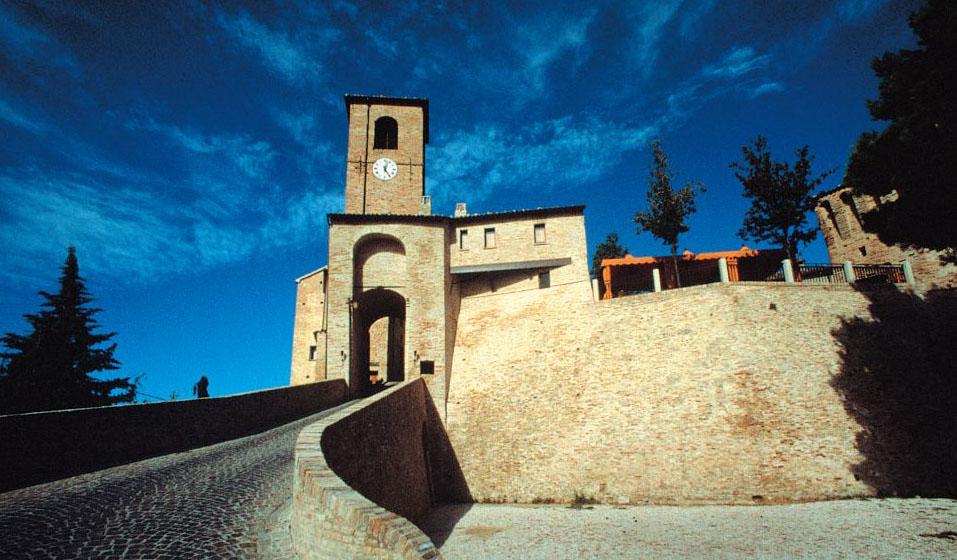 Montegridolfo, Emilia Romagna, Borgo e Castello