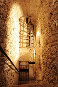 L'immagine di uno degli strumenti di Tortura utilizzati nel carcere di San Leo