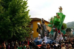 Festa di Primavera e dei Carri Allegorici @ Casola Valsenio RA | Casola Valsenio | Emilia-Romagna | Italia