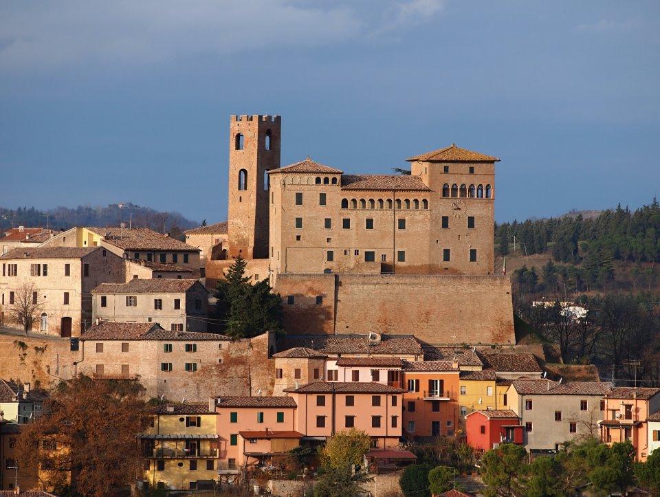 il castello di Longiano, vista sulla città