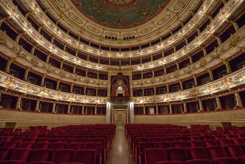 Interior_of_Teatro_Regio_(Parma)