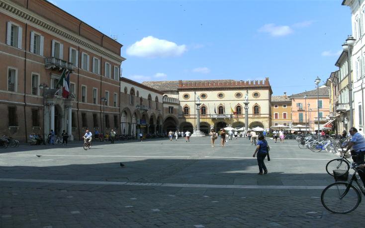 Ravenna-Piazza-del-Popolo
